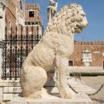 To Λιοντάρι του Πειραιά