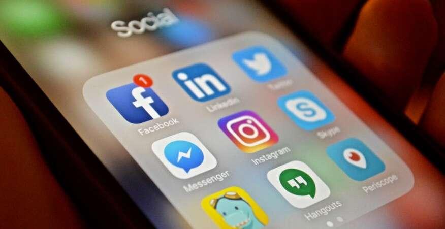 Τελικά πόσο επικίνδυνα είναι τα Social Media και τι τους προσφέρουμε