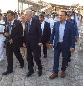 Ο Δήμος Ύδρας τίμησε τον στρατηγό ε.α. και υποψήφιο βουλευτή Νίκο Μανωλάκο (ΦΩΤΟ)