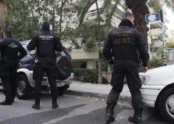Σαλαμίνα: Μπράβοι ζητούσουν χρήματα για προστασία μέχρι από περίπτερα! Πως τους συνέλαβε το Εκβιαστών