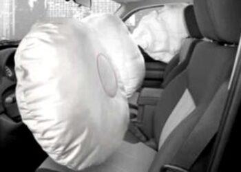 Ανέκδοτο: Ο απατημένος σύζυγος και ο αερόσακος! Πολύ γέλιο