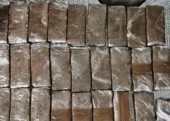 Πειραιάς: Εξαρθρώθηκε μεγάλη σπείρα ναρκωτικών από την Ελληνική Αστυνομία