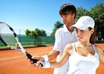 Ανέκδοτο: Η απατημένη σύζυγος και ο προπονητής του τένις! Πολύ γέλιο